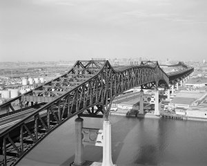 "The Pulaski Skyway, which appeared in two of the greatest shows from radio's golden age: ""War of the Worlds"" and ""The Hitch-Hiker"" (courtesy Wikimedia Commons)"